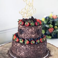 Chocolate Castle Birthday Wedding Cake