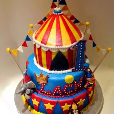 circus kids birthday cake