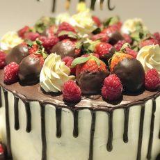 Fruit Heaven fresh fruits cake