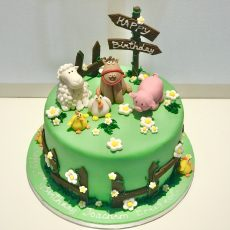 Animal Farm themed cake